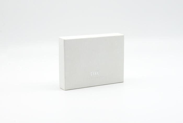 kundner-kartonagen-packaging-for-brands-verpackungen-iwc